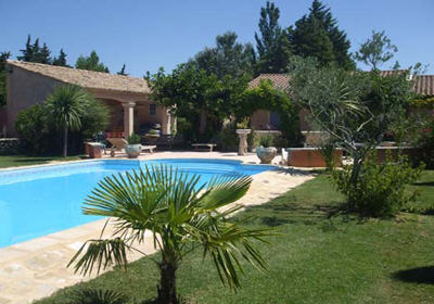 Villa avec piscine pour 4 personnes à Pernes les Fontaines